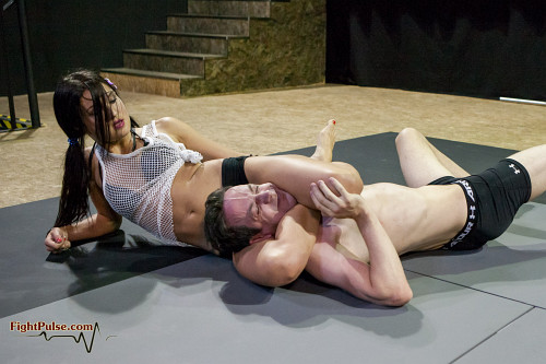 Erotik mixed wrestling