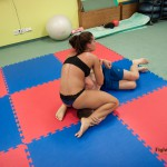 Preparing a headscissor hold