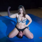 Lucrecia - mixed wrestling schoolgirl pin