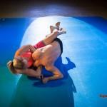 headlock - body-stretch combination hold