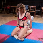 Scorpion pinning down Ales with a nice tight schoolgirl pin