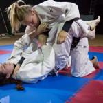 FightPulse-FW-17-Diana-vs-Xena-judogi-pins-4990