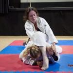 FightPulse-FW-17-Diana-vs-Xena-judogi-pins-5037
