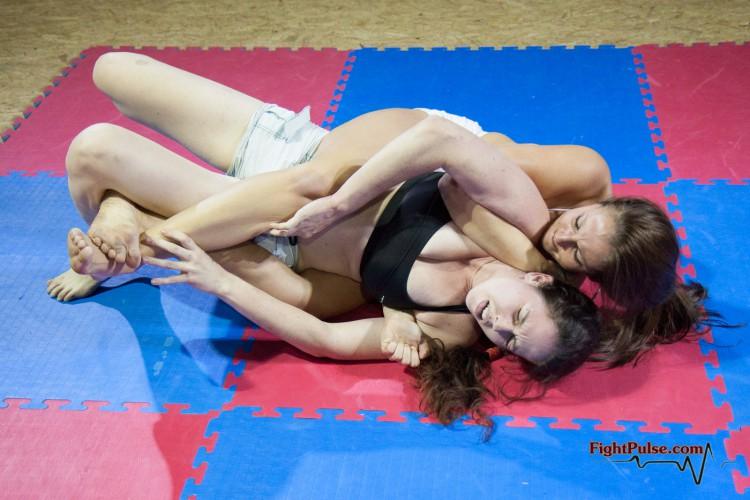 FightPulse-FW-18-Xena-vs-Laila-5364