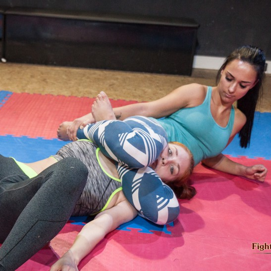 FightPulse-HH-03-Akela-vs-Zoe-9782