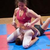 FightPulse-MX-61-Laila-vs-Andreas-pindown-onslaught-1643