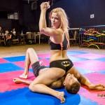 fightpulse-nc-51-chrissy-fox-vs-andreas-escape-challenge-46