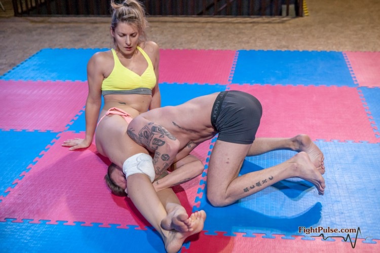 FightPulse-MX-76-Viktoria-vs-Andreas-143