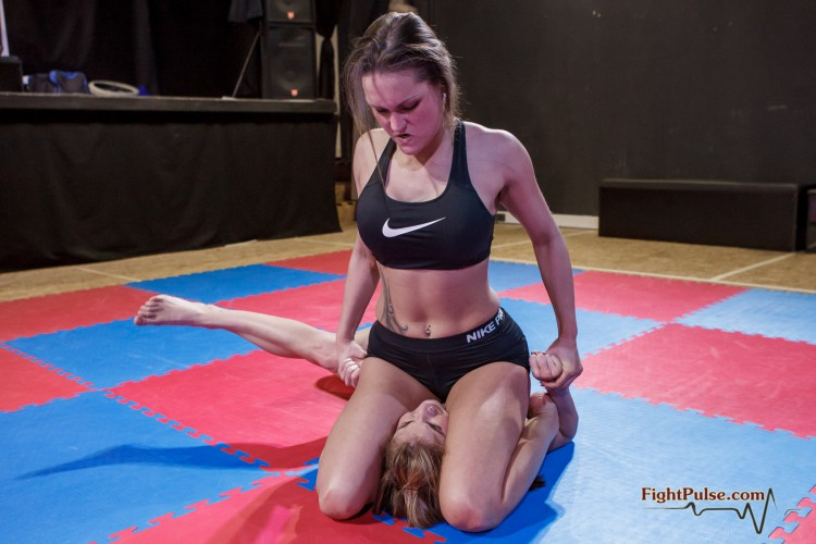FightPulse-NC-63-Paola-vs-Barbara-sgpin-only-212