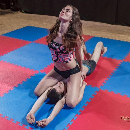 FightPulse-NC-65-Giselle-vs-Frank-escape-challenge-006