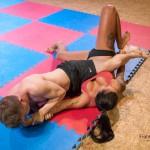 FightPulse-MX-110-Zoe-vs-Peter-060-seq