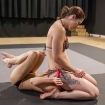 FightPulse-FW-96-Jade-vs-Paola-domination-rules-032