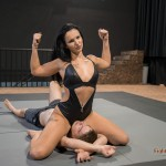 FightPulse-NC-140-Isabel-vs-Peter-escape-challenge-022