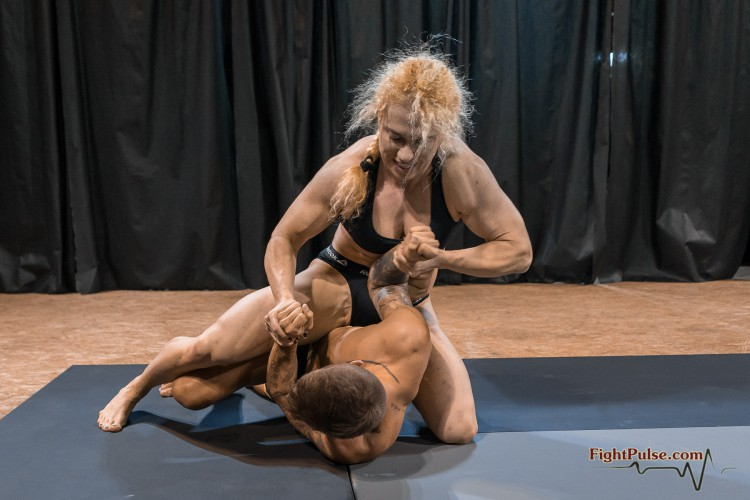 FightPulse-MX-131-Buffy-vs-Andreas-072