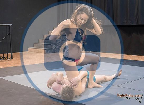 FightPulse-NC-161-Lia-Labowe-vs-Peter-smother-onslaught-photos