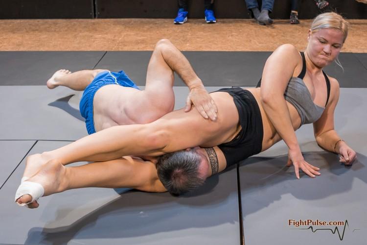 FightPulse-NC-164-Scarlett-vs-Gernot-230
