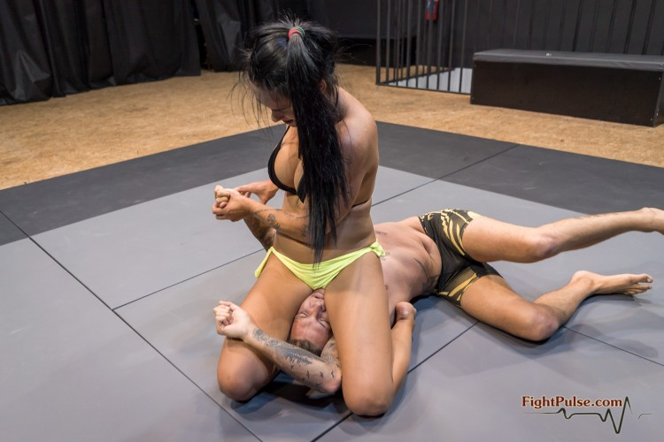 FightPulse-MX-185-Zoe-vs-Andreas-352