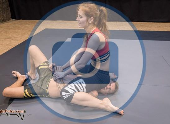 FightPulse-NC-193-Akela-vs-Andreas-photos