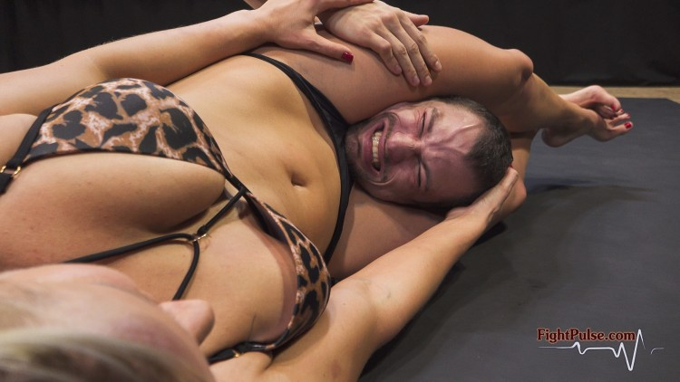 FightPulse-NC-195-Vanessa-vs-Frank-video-still-022