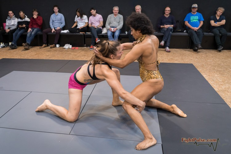 FightPulse-FW-146-Black-Venus-vs-Diana-020-seq