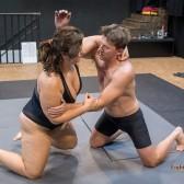 FightPulse-MX-207-Lucrecia-vs-Karel-010-seq