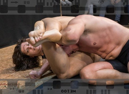 FightPulse-MX-207-Lucrecia-vs-Karel-374