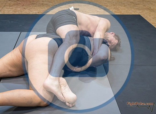 FightPulse-MX-207-Lucrecia-vs-Karel-photos