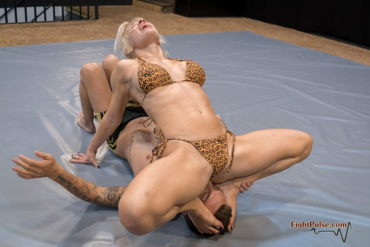 FightPulse-NC-208-Pamela-vs-Andreas-377