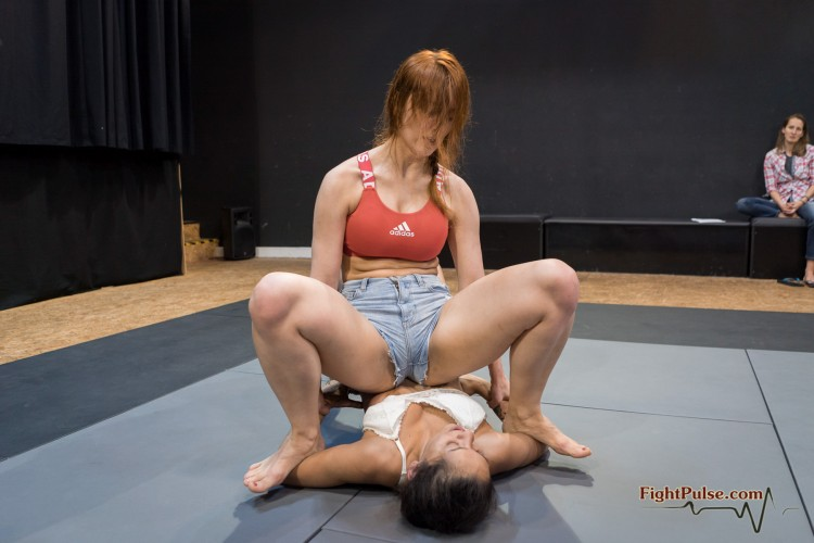 FightPulse-FW-158-Akela-vs-Kornelia-030-seq