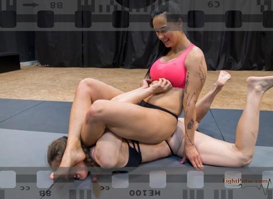 FightPulse-NC-214-Zoe-vs-Laila-video