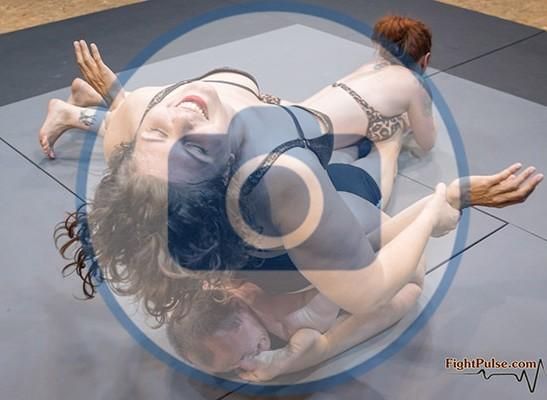 FightPulse-NC-215-Lucrecia-and-Foxy-vs-Marek-photos